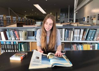 Library Girl - Aliza Abusch-Magder - jGirls Magazine