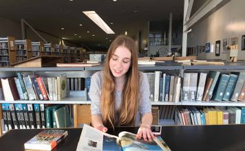 Library Girl - Aliza Abusch-Magder - jGirls Magazine