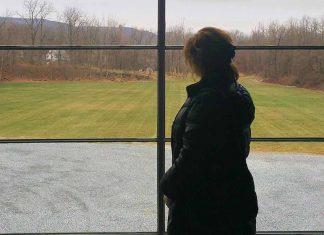 Pensive on a Rainy Day2 - Gali Davar - jGrils Magazine