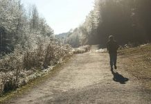 Winter Hike - Aliza Abusch-Magder - jGirls Magazine